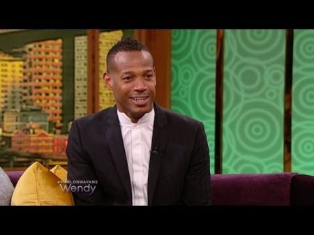 Comedian Marlon Wayans to host new variety series on NBC