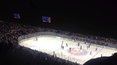 Daniel Bryan's 'Yes' chant becomes a staple at New York Islanders home games