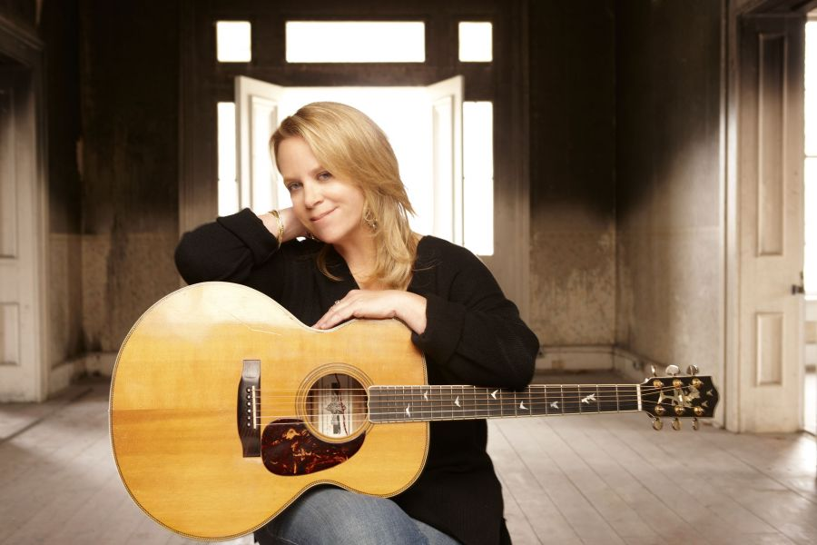 Grammy winner Mary Chapin Carpenter to perform at Penn's Peak in Jim Thorpe, PA