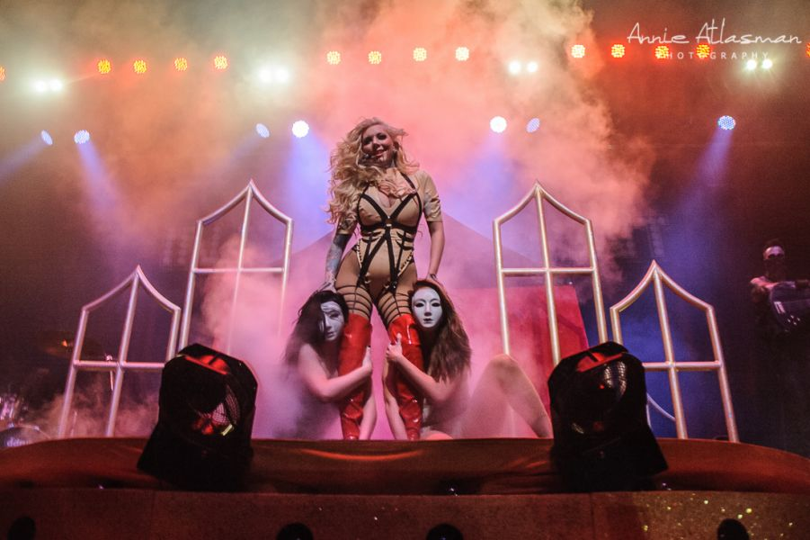 In this moment tour dates in Perth