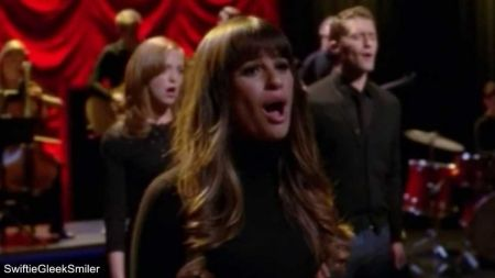 Top ten musical moments on 'Glee' (season 4)