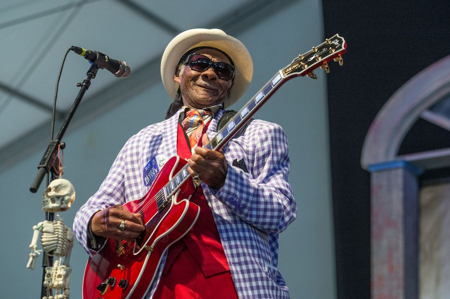 Little Freddie King ripping it up Jazz Fest (PHOTOS)