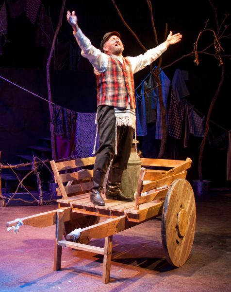 If only Gary Neal Johnston as Tevye the Milkman was rich...