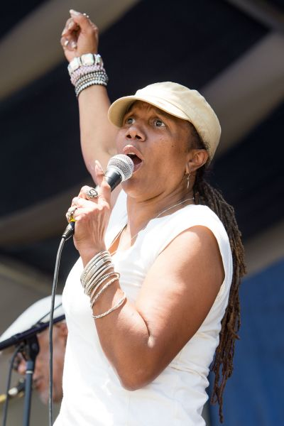 Family tradition, heart, comes to Jazz Fest with Charmaine Neville Band (PHOTOS)