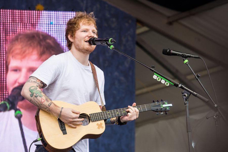 Ed Sheeran keeps it simple, keeps it amazing at Jazz Fest (PHOTOS)