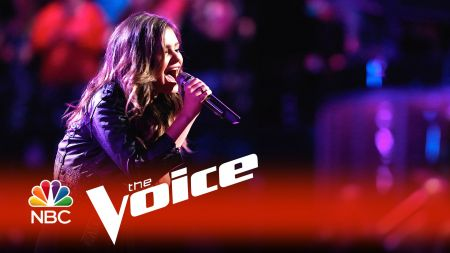Jacquie Lee performs new single 'Tears Fall' in return to 'The Voice'