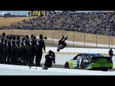 Carl Edwards ends 31-race winless streak in NASCAR Coca-Cola 600