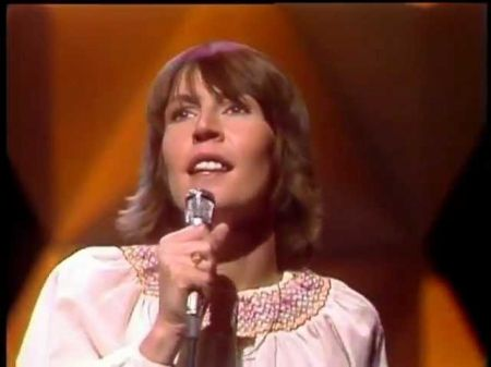 Helen Reddy: 5 best song lyrics or verses
