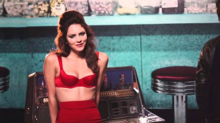 Katharine McPhee releases official music video for new single 'Lick My Lips'