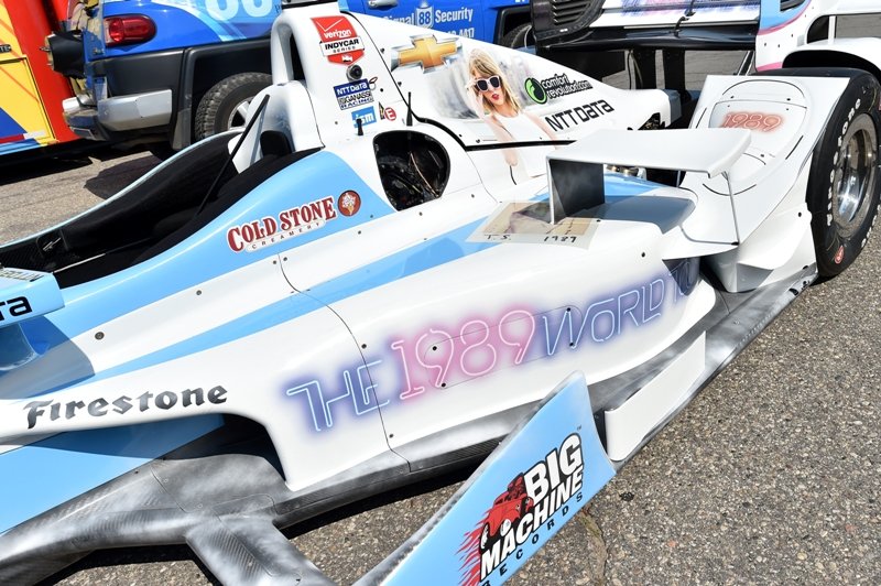 Art promoting Taylor Swift's current 1989 World Tour will cover Tony Kanaan's No. 8 Chip Ganassi Racing Chevrolet for IndyCar&#039