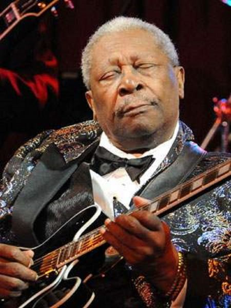 b b king dies peacefully in his las vegas home at age 89 axs. Black Bedroom Furniture Sets. Home Design Ideas