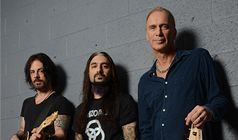 The Winery Dogs tickets at Best Buy Theater in New York