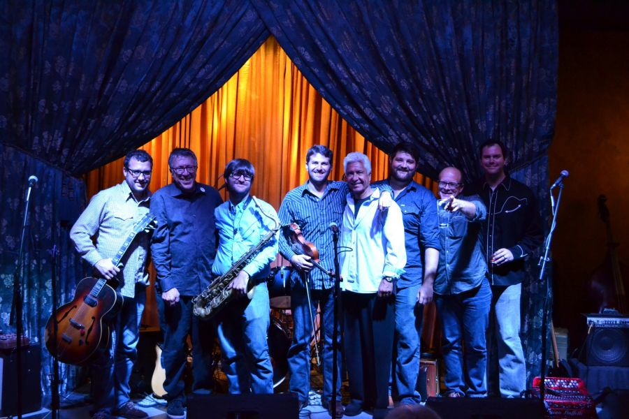 From left to right: Chas Justus (guitar), David Spira (MAS board member), The Chris Miller (saxophone),  Daniel Coolik (violin), Rodney Lont