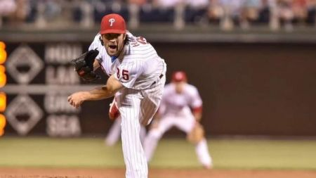 Philadelphia Phillies: Cole Hamels' trade continues money shift