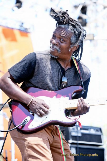 If you know Reggae and you know guitar and bass and everything else the music must have, then you undoubtedly know Stevie Love is going to r