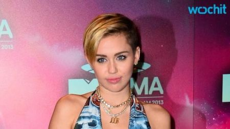 Get ready, Miley Cyrus is hosting MTV Video Music Awards