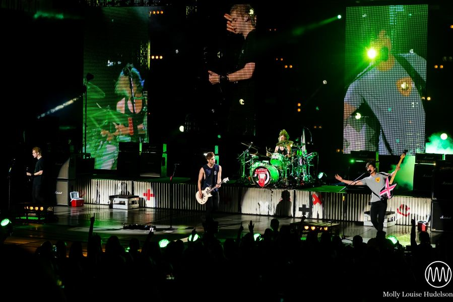 5 Seconds of Summer at PNC Bank Arts Center- 8/30/15