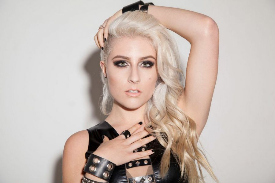 Diamante Five Reasons To Know This Dirty Blonde Axs