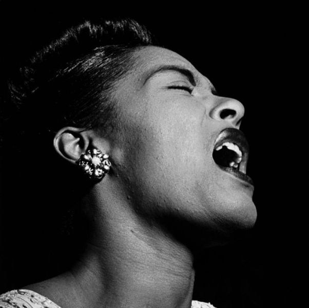 a biography and art of billie holiday a jazz singer from united states Billie holiday transformed the art of jazz singing modern day jazz singing began with her her life was filled with more sadness and tragedy than joy and love billie personalized her tune, something no one ever did in the history of blues and jazz.