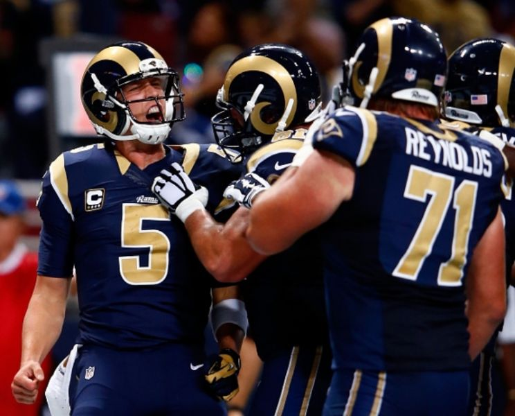 Quarterback Nick Foles will look to get his St. Louis Rams teammates back on the winning track on Sunday, when the club travels to the deser