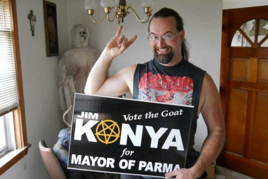 "Jim ""Sadist"" Konya, drummer for Nunslaughter."