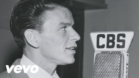 'A Voice On Air' shows Frank Sinatra's development
