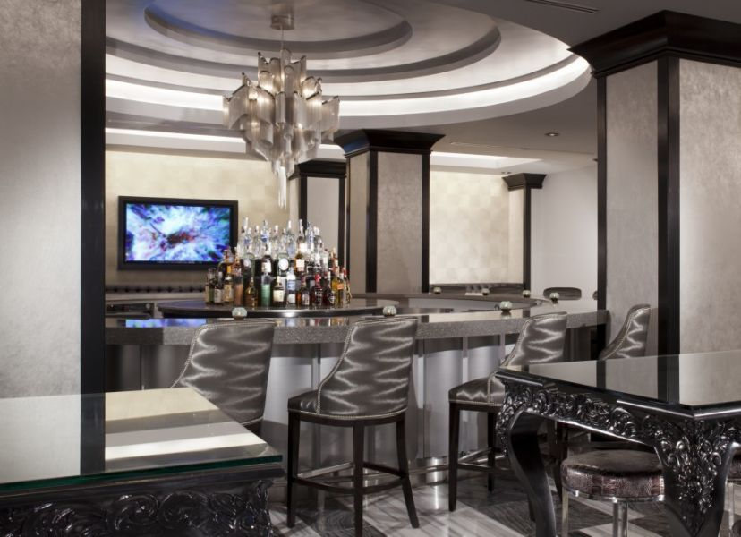 Swanky Chicago hotel lounges elevate your next cocktail