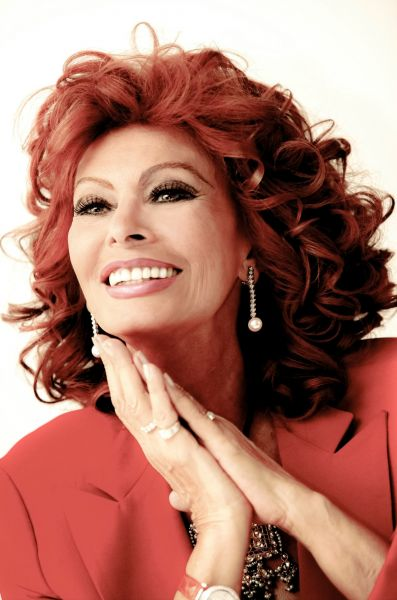 Sophia Loren will grac...