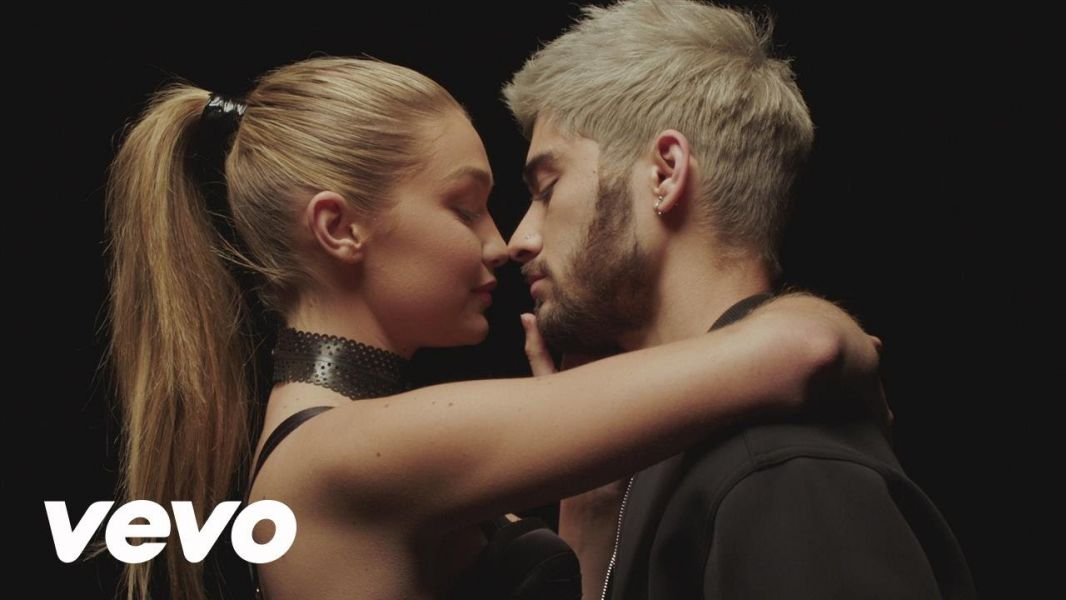 Zayn Malik first UK debut act to debut at No. 1 on Hot 100 with 'Pillowtalk'