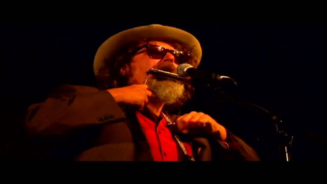 Music pioneer Peter Case stops in Des Moines