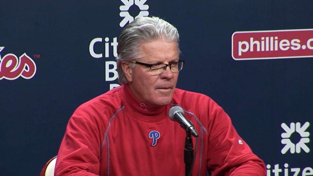 Philadelphia Phillies: Pete Mackanin working toward 2017 season