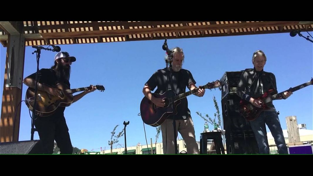 Watch: The Dead's Lesh & Weir share a stage for second time since GD farewell