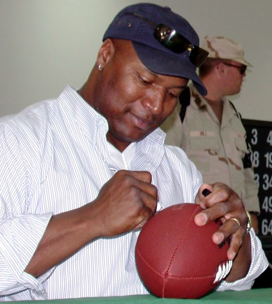 Bo Jackson had a short NFL career, but his four years with the L.A. Raiders were impressive.