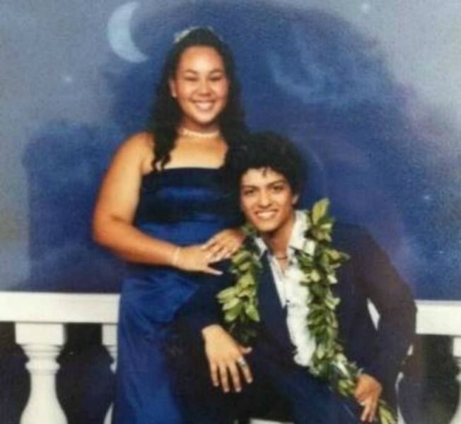 16 musician prom photos that'll make you remember the cringey high school years