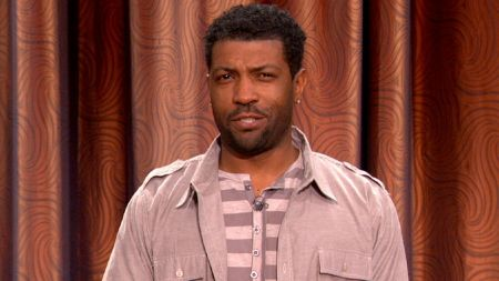 Deon Cole's debut one-hour special drops on Comedy Central this June