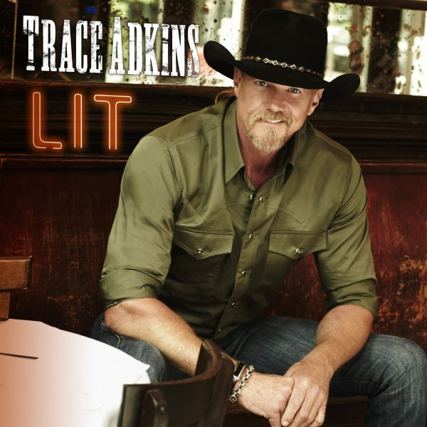 Trace Adkins drops his brand new single 'Lit.'
