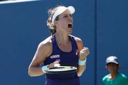 Johanna Konta captured her first WTA title defeating American Venus Williams in three sets at the Bank of the West Classic on the campus of