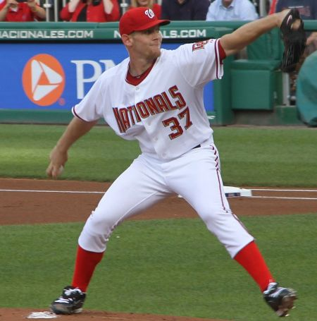 Stephen Strasburg of the Washington Nationals will finally capture that NL Cy Young Award we've all been expecting.
