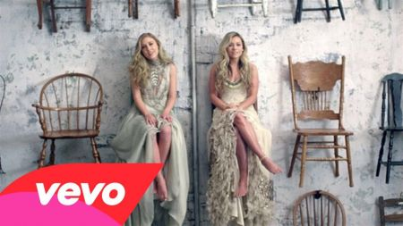 Maddie & Tae map out first-ever headlining tour