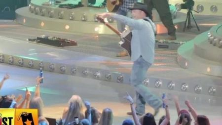 Garth Brooks gives retired fan tremendous gift