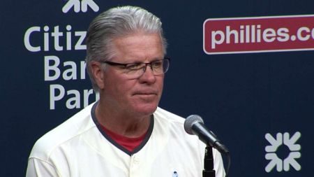 Philadelphia Phillies: Pete Mackanin's demeanor makes a difference