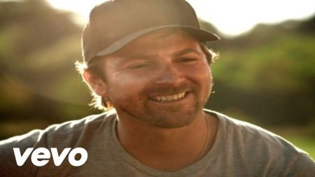 Kip Moore bringing headlining tour to Billy Bob's Texas