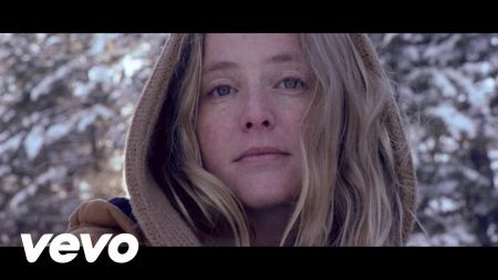 Lissie announces dates for a fall solo tour