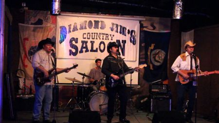 Bars in The DFW Metroplex that you didn't know have live music