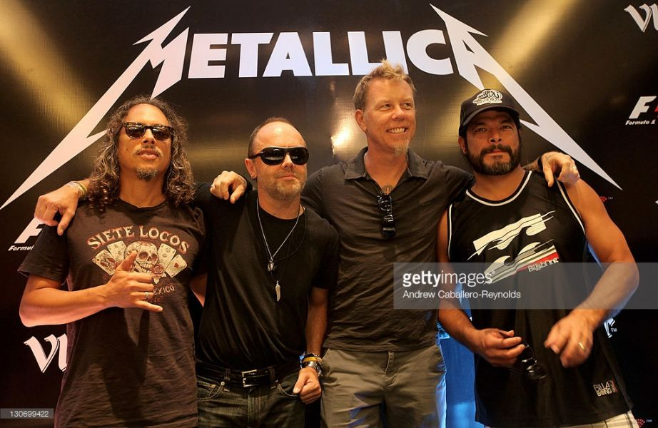 Metallica: Hardwired (Official Music Video) - YouTube