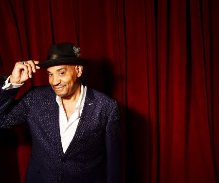 New Yorker Allan Harris has performed his jazz tunes all over the world.