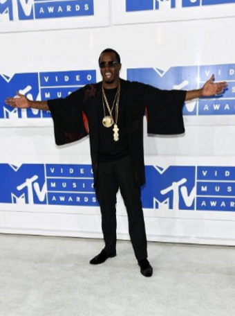 Diddy, or for music fans who grew up in the 80s and 90s, Puff Daddy made a solid return to the Video Music Awards stage. While he doesn't pe