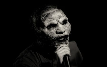 SLIPKNOT frontman Corey Taylor performing  at Ozzfest Meets Knotfest 2016