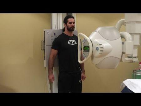 Seth Rollins ready for Raw despite 'crushed ribs'