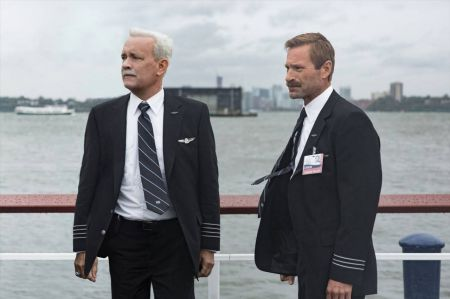 Movie review: Tom Hanks not able to save 'Sully' from itself